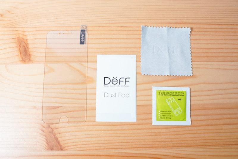 iPhone SE(第2世代)に合うDeffのガラスフィルムの内容物