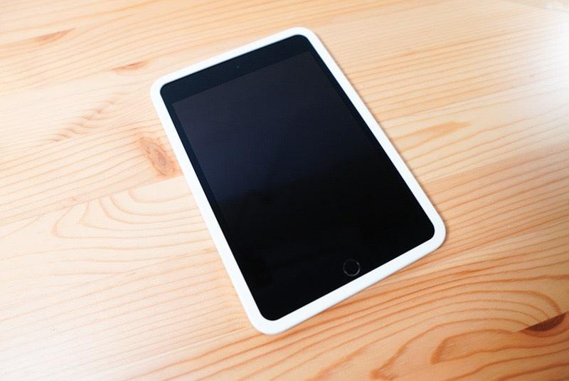 iPad mini用のNimasoのガラスフィルムのガイドフレーム