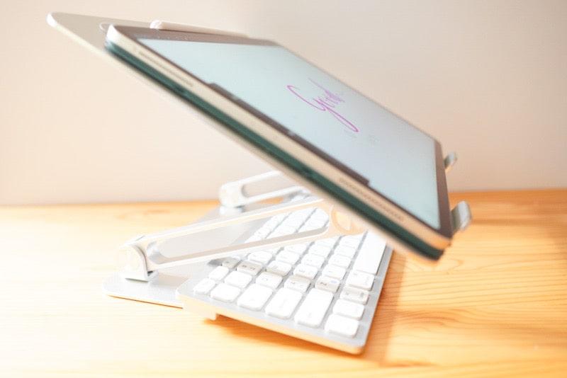 BoYataのスタンドとiPad Pro